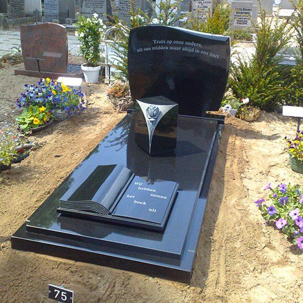 grafsteen met golfkop